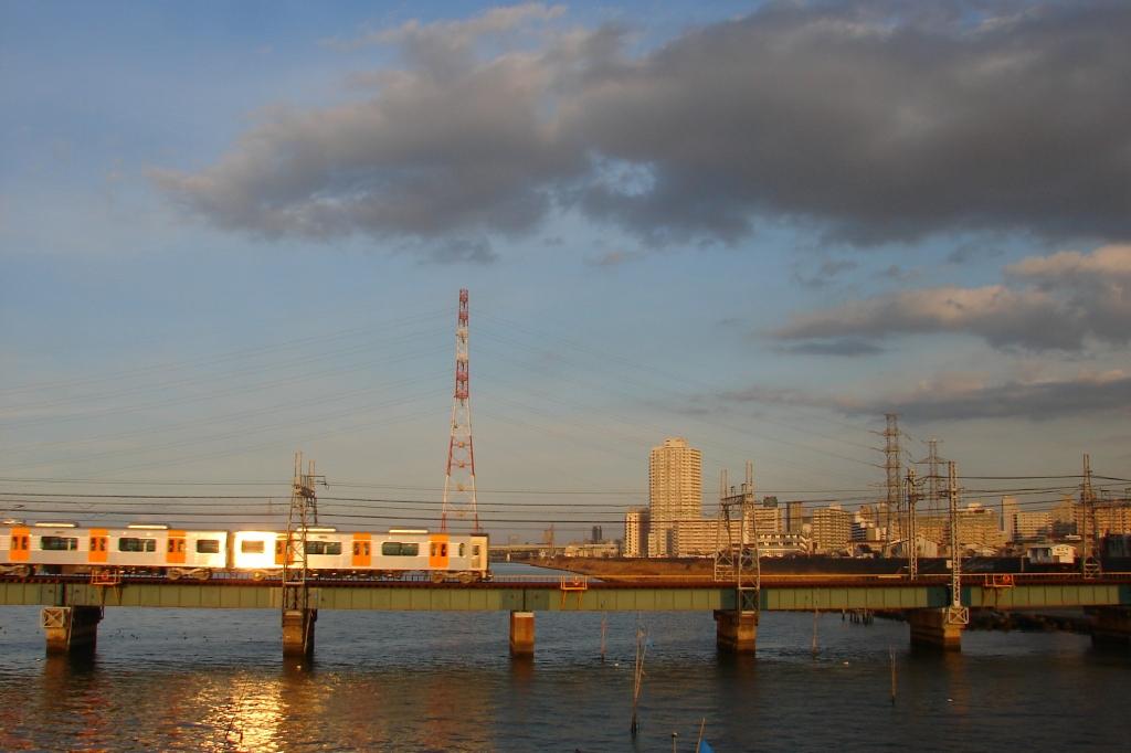 【阪神なんば線】水面すれすれな伝法~福間の淀川橋梁を置き換えへ