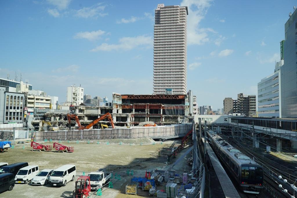 解体中の京橋イオン(旧ダイエー)を見てきました